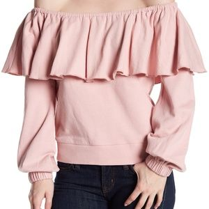 Romeo & Juliet Couture Off-the-Shoulder Ruffle